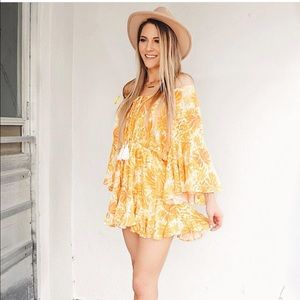NWT Showpo More Than This Playsuit in Yellow Print